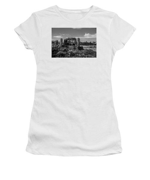 Old Brick Oven Women's T-Shirt