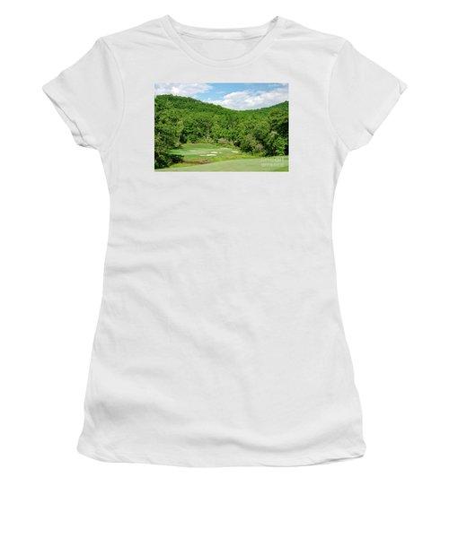 Par 3 Hole 16 Women's T-Shirt