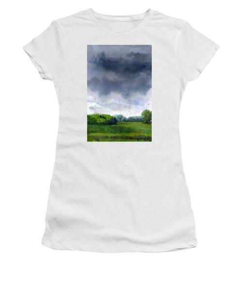 Rains Coming Women's T-Shirt