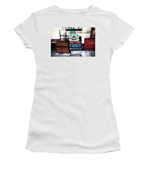 Ramsbottom.  Elr Railway Suitcases On The Platform. Women's T-Shirt