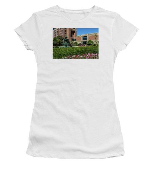 Riverwalk Augusta Ga Fountain Women's T-Shirt