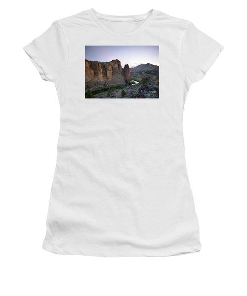 Smith Rock Summer Women's T-Shirt
