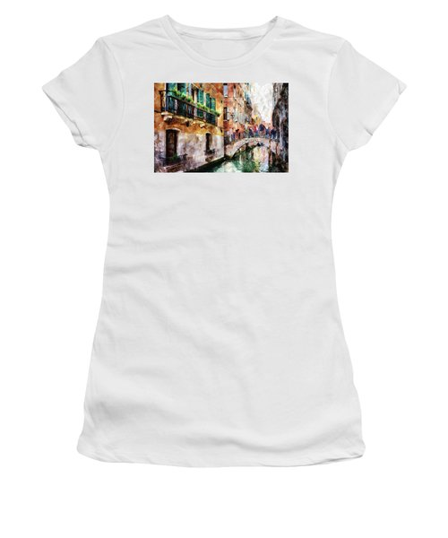 People On Bridge Over Canal In Venice, Italy - Watercolor Painting Effect Women's T-Shirt