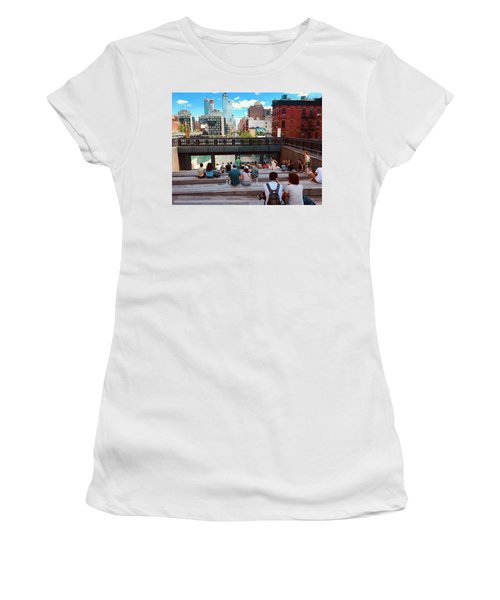 Street Theater At The Highline In New York Women's T-Shirt