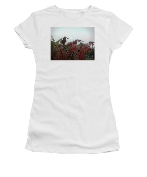 Women's T-Shirt featuring the photograph Summer's End by Rosanne Licciardi