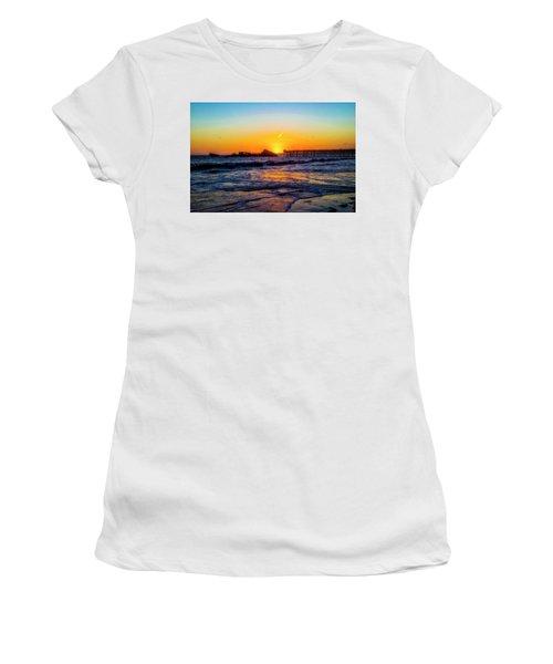 Sunset Setting Over Sunken Ship Women's T-Shirt