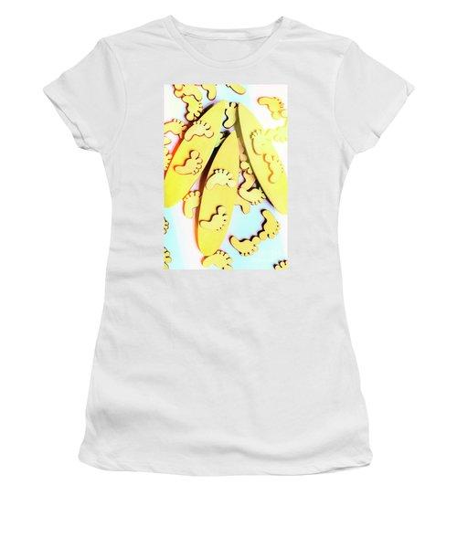 Surfing Pop Women's T-Shirt