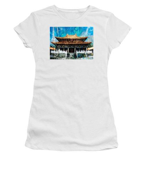 Taichung Confucian Temple Women's T-Shirt