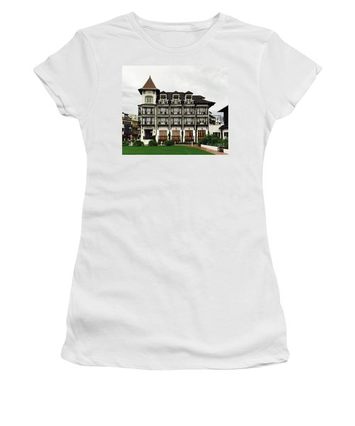 The Pearl In Rosemary Women's T-Shirt