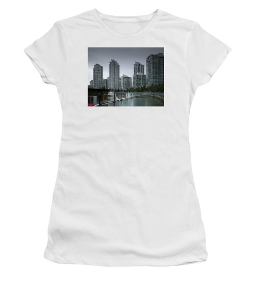 The Quayside Marina - Yaletown Apartments Vancouver Women's T-Shirt
