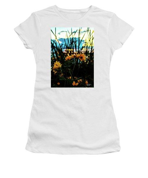 The Sunflower's Sunset Women's T-Shirt