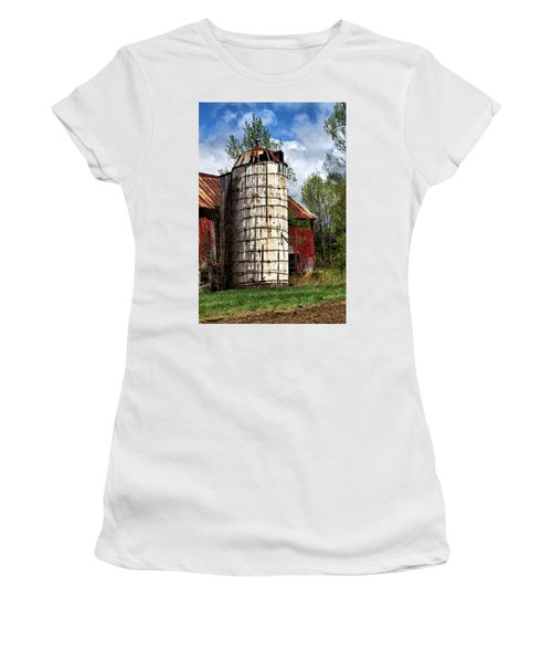 Women's T-Shirt (Athletic Fit) featuring the photograph Vermont Farmhouse Silo  by Betty Pauwels