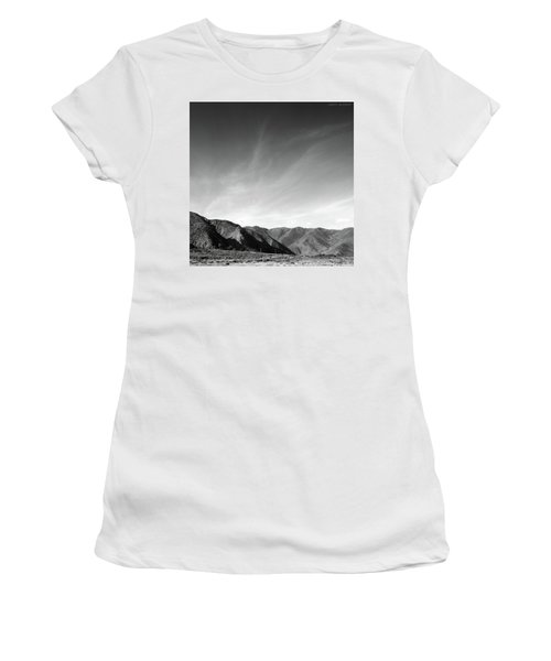 Wainui Hills Squared In Black And White Women's T-Shirt