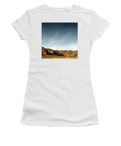 Wainui Hills Squared Women's T-Shirt