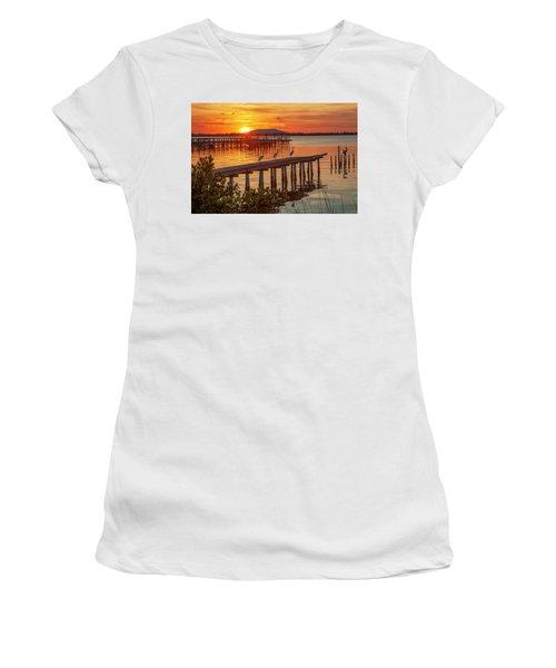 Watching The Sunset Women's T-Shirt