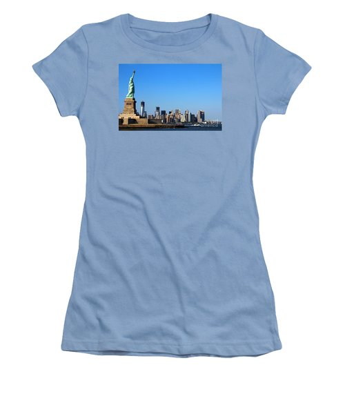 Lady Liberty Watches 1wtc Rise Women's T-Shirt (Athletic Fit)