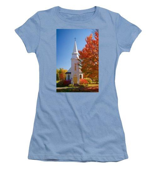 St Matthew's In Autumn Splendor Women's T-Shirt (Junior Cut) by Jeff Folger