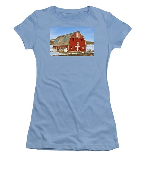 1927 Barn Women's T-Shirt (Athletic Fit)
