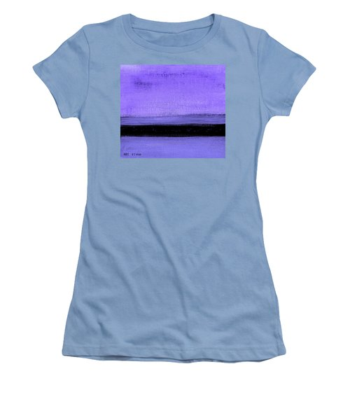 Hues Women's T-Shirt (Athletic Fit)