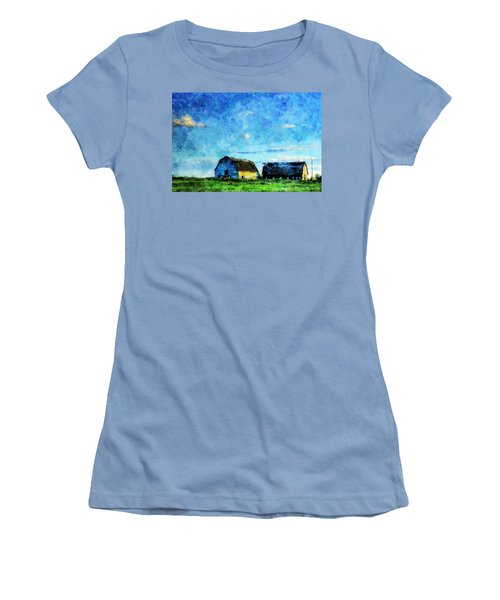 Alberta Barn At Sunset Women's T-Shirt (Athletic Fit)