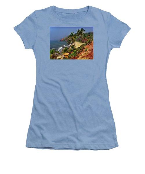 Arambol Beach India Women's T-Shirt (Athletic Fit)