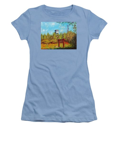 Camel Top Fire Tower Women's T-Shirt (Athletic Fit)