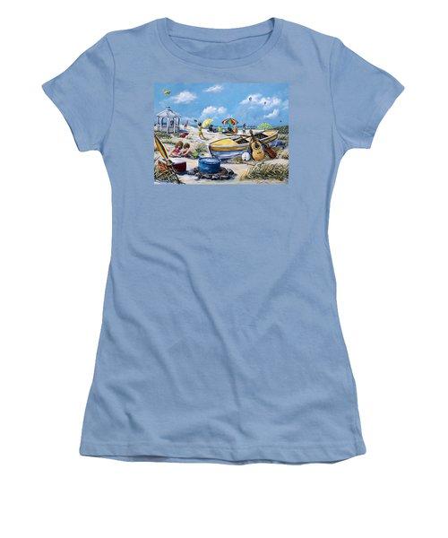 Crab Pickin Women's T-Shirt (Junior Cut) by Gail Butler