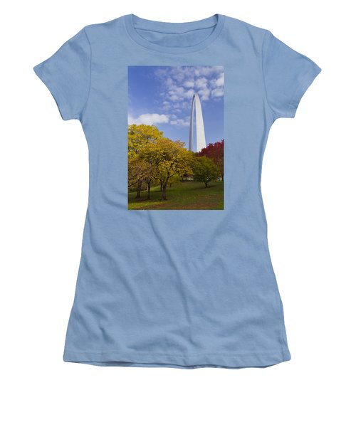 Fall At The St Louis Arch Women's T-Shirt (Junior Cut) by Garry McMichael