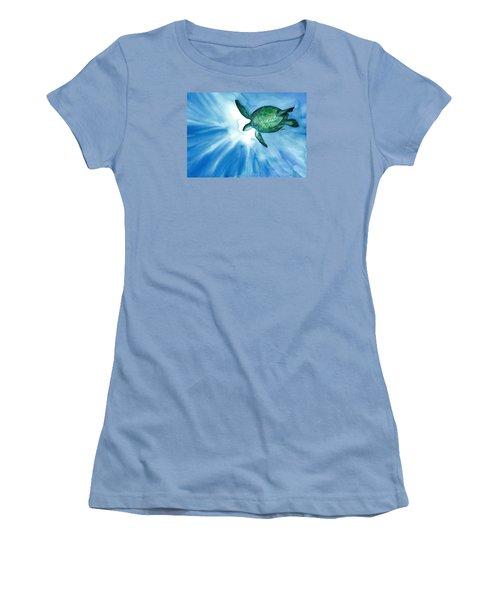 Sea Tutrle 2 Women's T-Shirt (Athletic Fit)