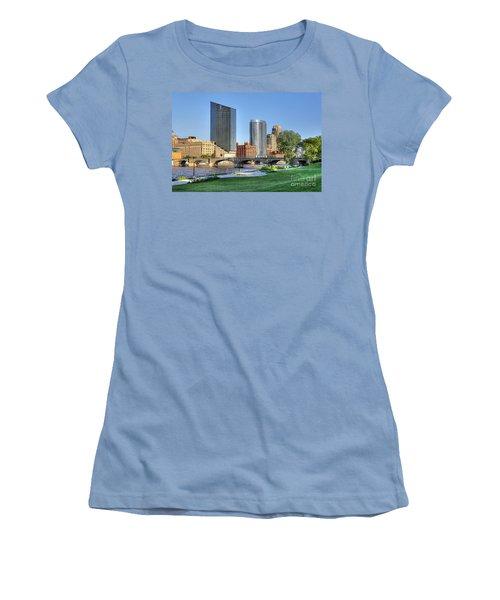 Grand Rapids Mi100 Art Prize Women's T-Shirt (Athletic Fit)