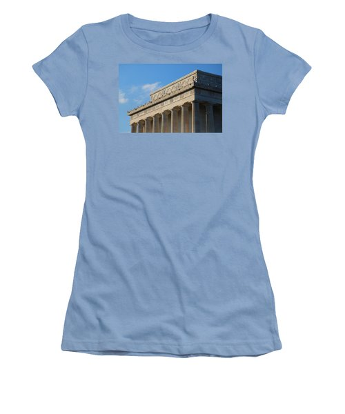 Lincoln Memorial - The Details Women's T-Shirt (Athletic Fit)