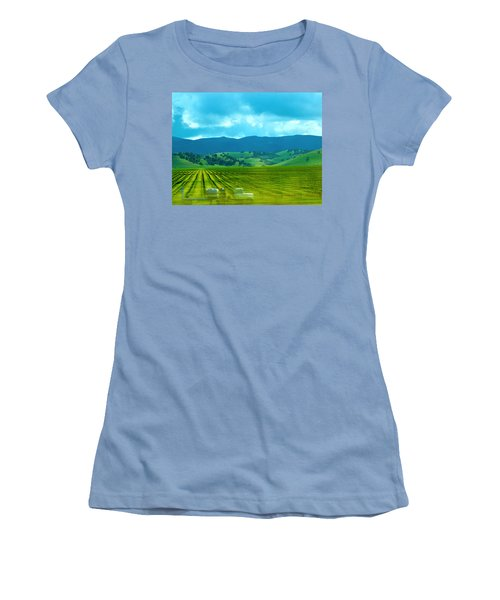 Mobile Transport Women's T-Shirt (Athletic Fit)