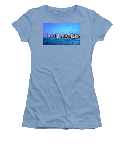 Women's T-Shirt (Junior Cut) featuring the photograph Nyc  The Big Apple  by Judy Palkimas
