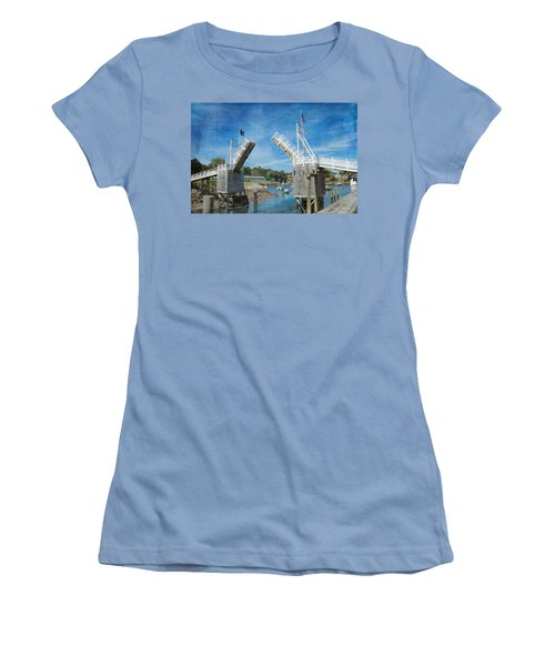Perkins Cove Drawbridge Textured Women's T-Shirt (Athletic Fit)