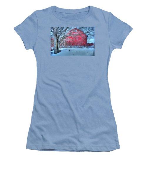 Red Barn In Winter Women's T-Shirt (Junior Cut) by Terri Gostola