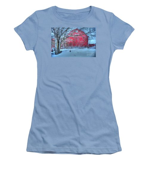 Red Barn In Winter Women's T-Shirt (Athletic Fit)
