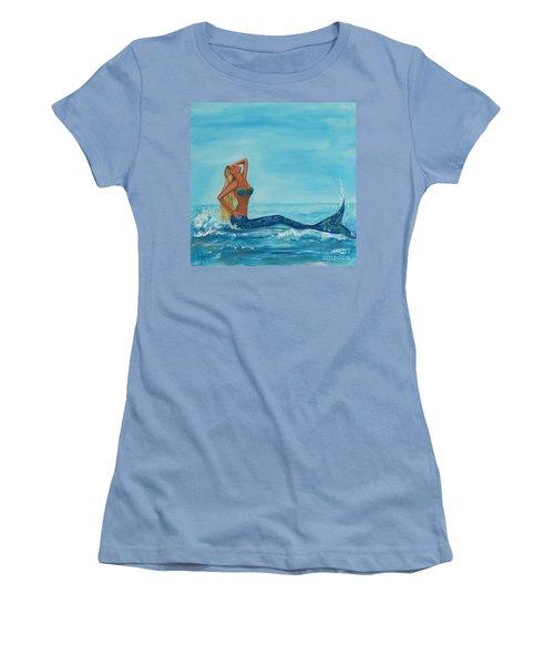 Sunbathing Mermaid Women's T-Shirt (Athletic Fit)