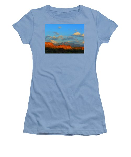 The Endangered West Women's T-Shirt (Athletic Fit)
