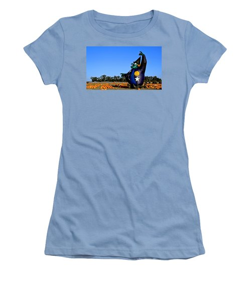 The Old Witch Women's T-Shirt (Athletic Fit)