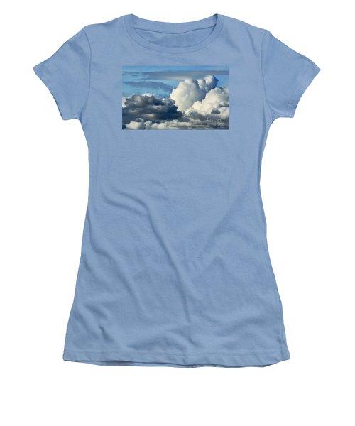 The Storm Arrives Women's T-Shirt (Junior Cut) by Susan Wiedmann