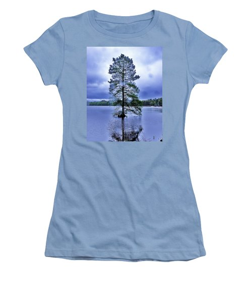 The Healing Tree - Trap Pond State Park Delaware Women's T-Shirt (Athletic Fit)