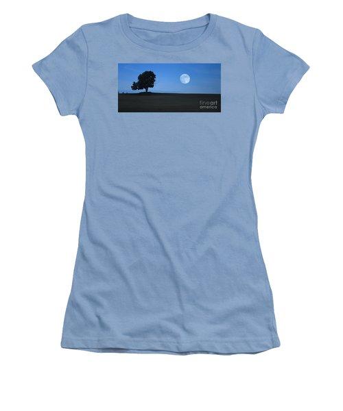 Women's T-Shirt (Junior Cut) featuring the photograph Twilight Solitude by Sharon Elliott
