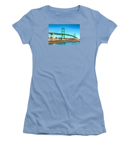 Vincent Thomas Bridge Women's T-Shirt (Athletic Fit)