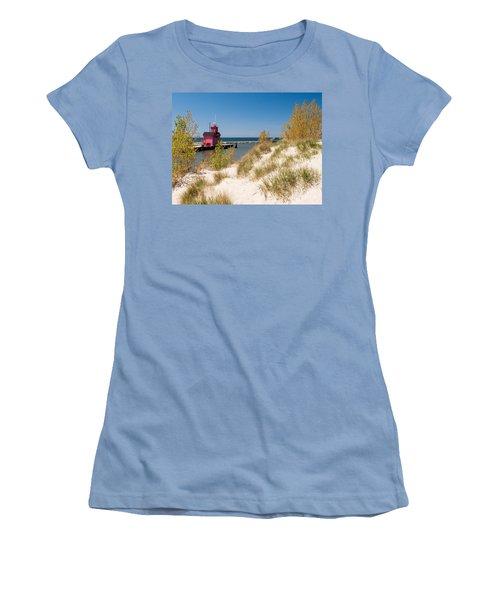 Holland Mi Lighthouse Women's T-Shirt (Junior Cut) by Larry Carr