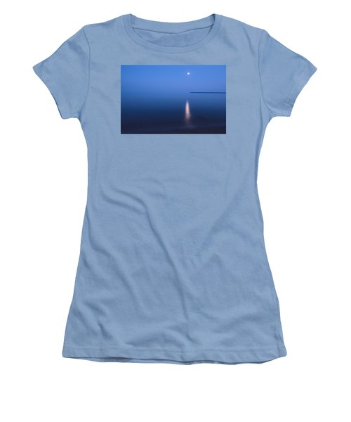 Moonrise On Lake Superior Women's T-Shirt (Athletic Fit)