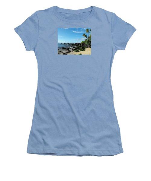 Turtle Beach Oahu Hawaii Women's T-Shirt (Junior Cut) by Rebecca Margraf