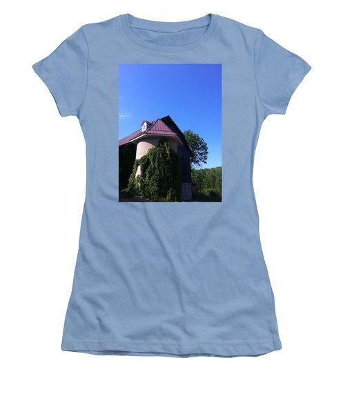 Women's T-Shirt (Junior Cut) featuring the photograph Vineyard by Tiffany Erdman