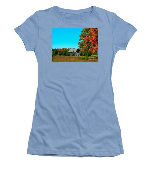Old Barn In Fall Color Women's T-Shirt (Athletic Fit)
