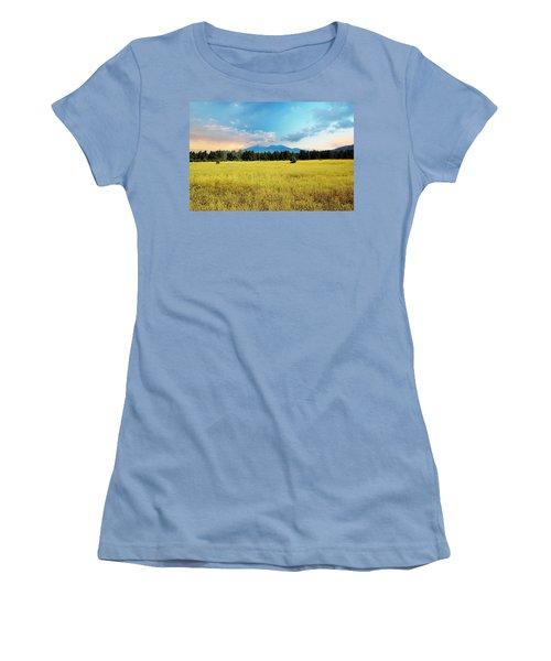 San Francisco Peaks  Women's T-Shirt (Athletic Fit)