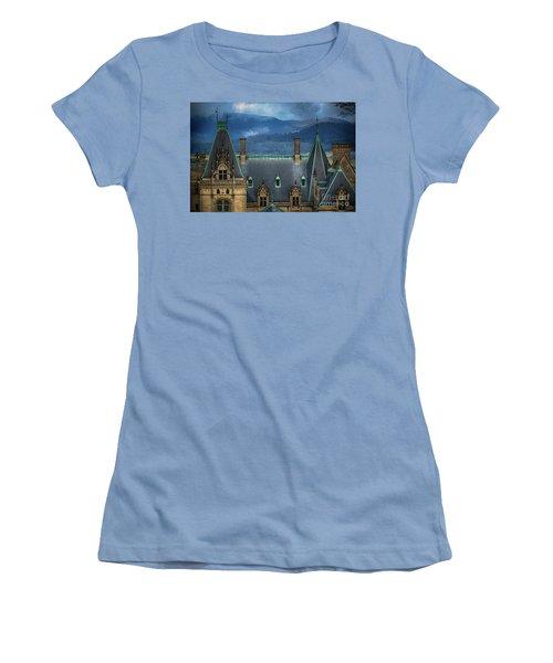 Biltmore Estate Women's T-Shirt (Athletic Fit)